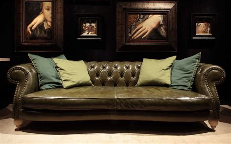 Baxter from Italy Brings Fine Sofas Home | Interior Design