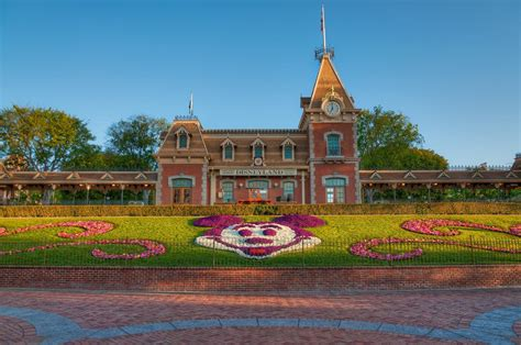 Discount Disneyland Tickets - Buy Your Tickets Now and Save