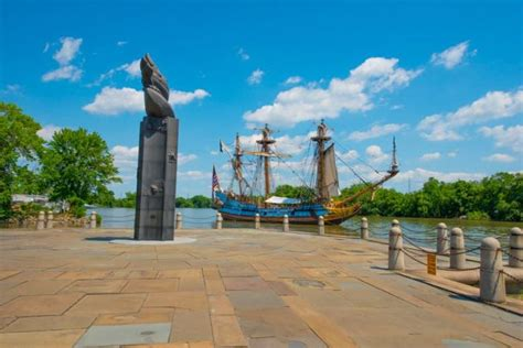 10 Beautiful Delaware Monuments That Pay Tribute To The Past