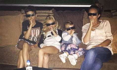 Peter Andre shares sweet photo of his family enjoying a