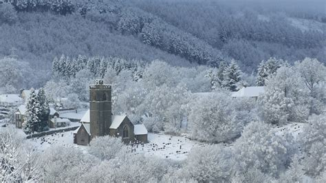 BBC - Wales - Nature - Snow Scenes Gallery