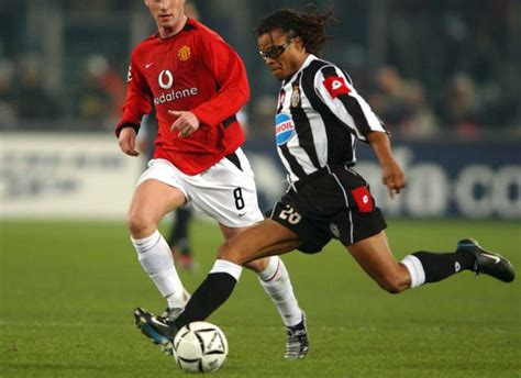 The Edgar Davids and Cosmin Contra spat is one soccer's